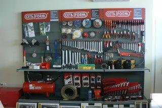 autoszerviz, gumiszerviz, gumiabroncs forgalmazás, gépalkatrész értékesítés , gyümölcsfarázógép gyártás